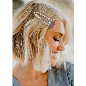 Accessories - Gift 🎁 Hair clip with Pearls - New